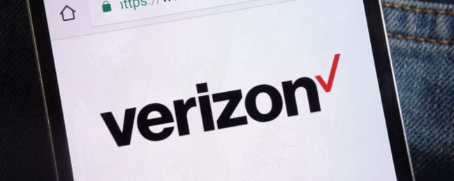 Watch Out: This Verizon Smishing Scam Is Crazy Realistic