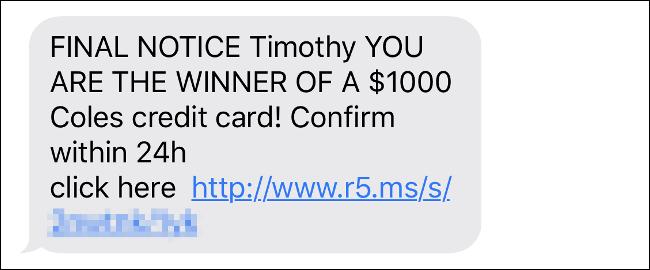 Una estafa por mensaje de texto usando el nombre del autor.