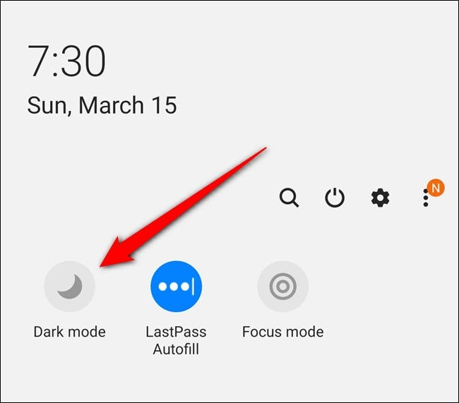 """Samsung Galaxy S20 Seleccione la configuración rápida """"Modo oscuro"""""""