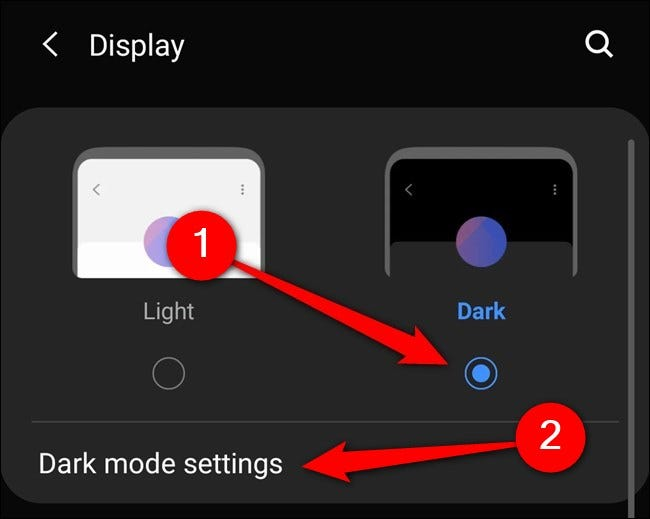 """Samsung Galaxy S20 Seleccione """"Modo oscuro"""".  También puede tocar en """"Configuración del modo oscuro""""."""