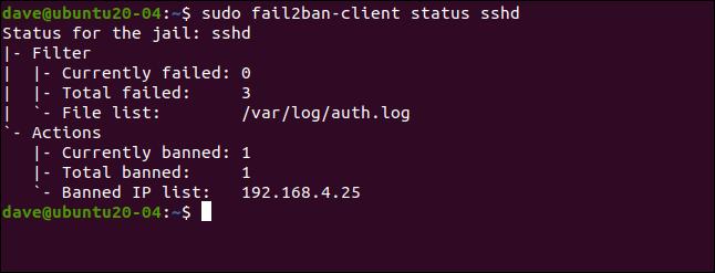 sudo fail2ban-client status sshd en una ventana de terminal.