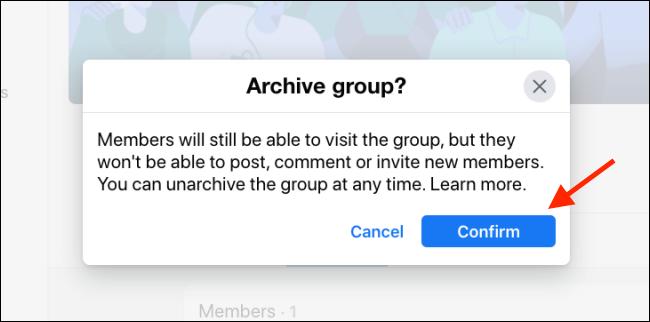 Haga clic en Confirmar para archivar el grupo de Facebook