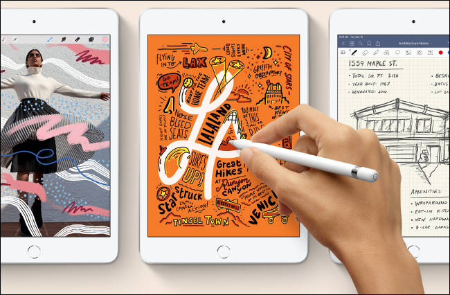 Someone drawing on a 2020 iPad mini with an Apple Pencil.