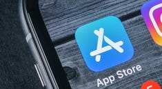 6 Tips for Organizing Your iPhone Apps