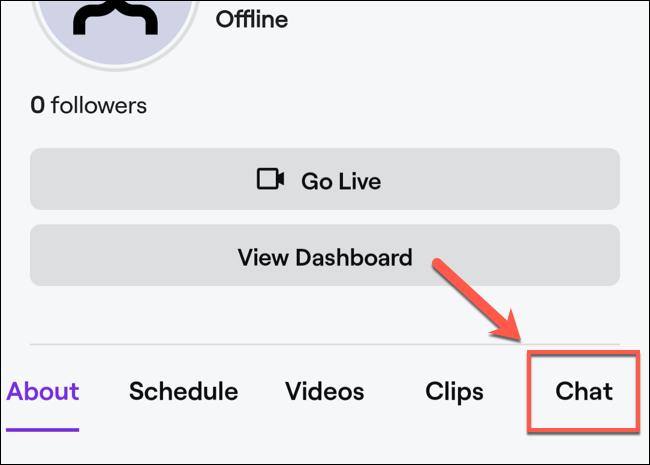 """En el perfil de tu canal, haz clic en la opción """"Chat""""."""