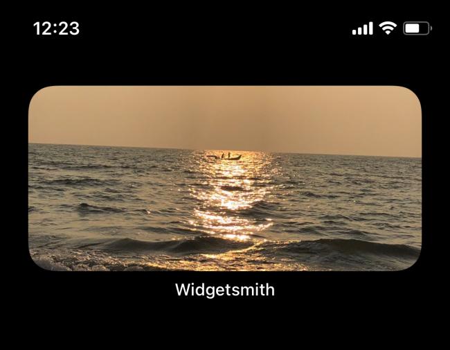 Photo widget on iPhone home screen