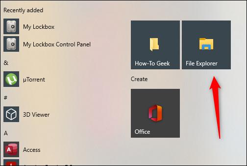 """Nhấp vào """"File Explorer"""" trong menu Start."""