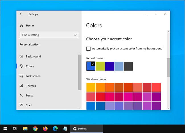 Windows 10 with dark theme and light windows.