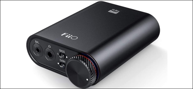 A black portable digtal-to-audio converter