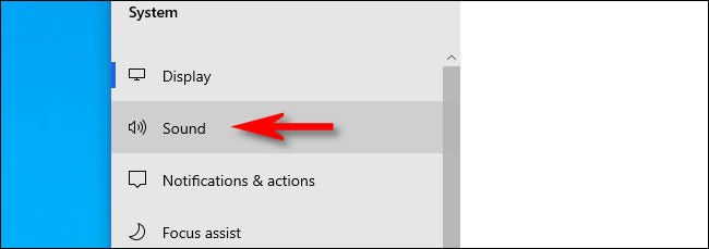 """Em Configurações do Windows 10, clique em """"Som""""."""