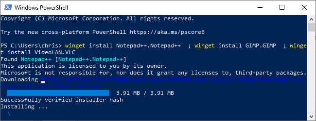 Installing software with winget in a PowerShell window.