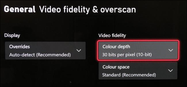"""Selecione """"Color Depth"""" no menu """"Video Fidelity & Overscan""""."""