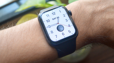 How to Make Your Apple Watch Tap Out the Time