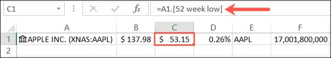 Detalhe de dados de estoque na barra de fórmulas