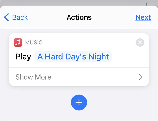 Um exemplo de reprodução de uma música na tela Ações de automação.