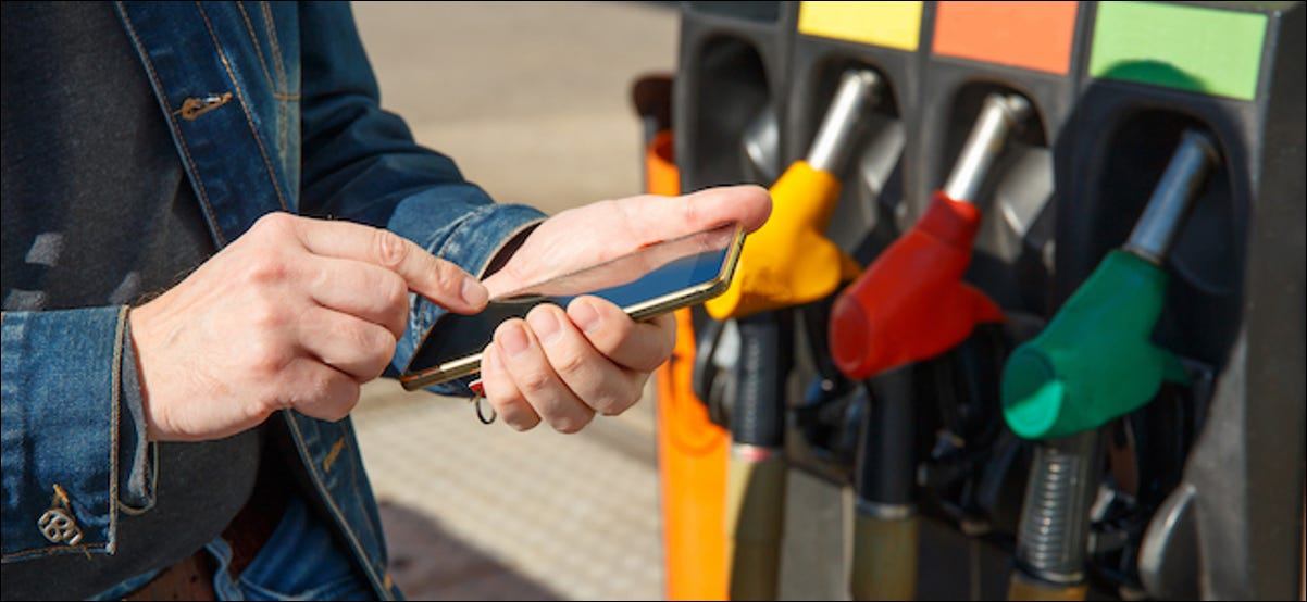 Paying for gas using a smartphone