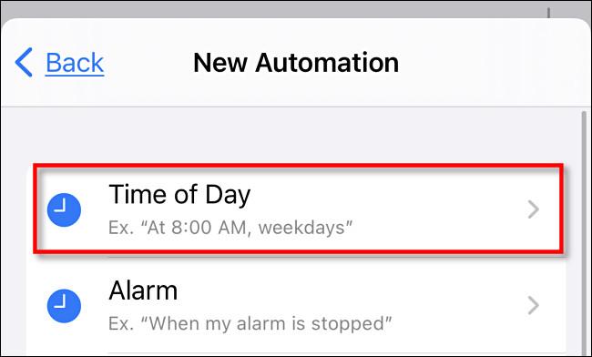 """Nos atalhos do iPhone, toque em """"Hora do dia""""."""
