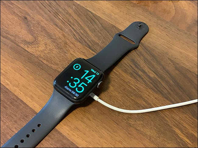 apple watch properly charging