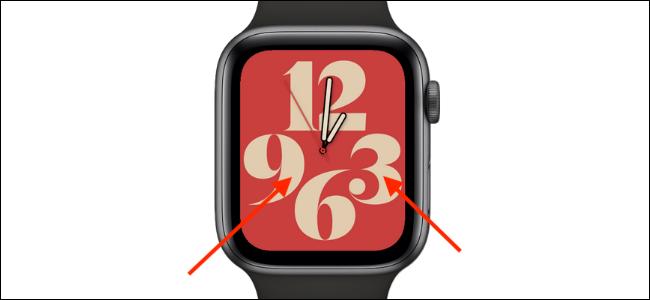 Doppio tocco sul quadrante dell'orologio con due dita per leggere l'ora in tocchi
