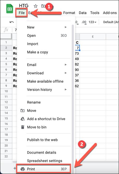 """W arkuszu kalkulacyjnym Arkuszy Google naciśnij Plik> Drukuj, aby uzyskać dostęp do opcji drukarki w arkuszu kalkulacyjnym."""" width=""""409″ height=""""600″ onload=""""pagespeed.lazyLoadImages.loadIfVisibleAndMaybeBeacon(this);"""" onerror=""""this.onerror=null;pagespeed.lazyLoadImages.loadIfVisibleAndMaybeBeacon(this);""""></p> <p>W menu """"Ustawienia drukowania"""" możesz dostosować układ i projekt arkusza kalkulacyjnego, aby był odpowiedni do drukowania.  Aby dodać nowy nagłówek lub stopkę, kliknij kategorię """"Nagłówki i stopki"""" w menu po prawej stronie.</p> <p><img class="""