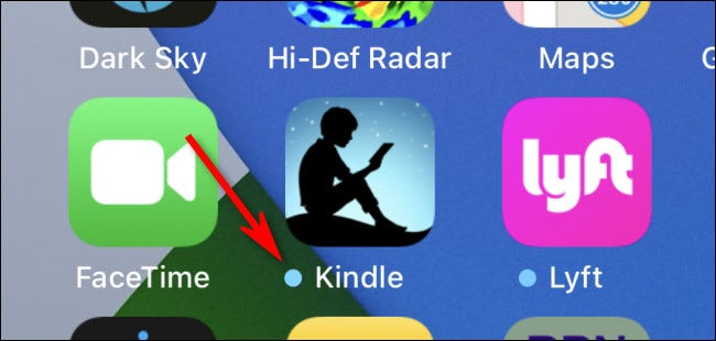 An example of the blue update dot on an iPhone home screen.