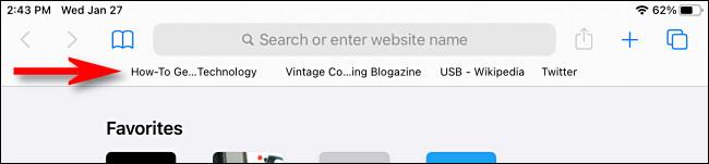 An example of the Favorites Bar in Safari on iPad.
