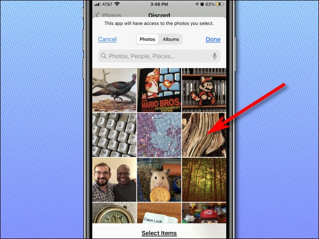 """Choosing """"Selected Photos"""" on iPhone in Photo Privacy Settings."""