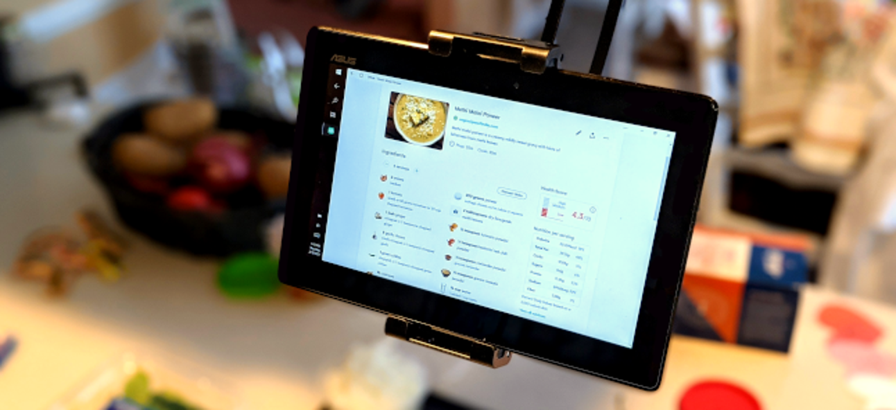 Got an Old Tablet? Put It to Work in the Kitchen - How-To Geek