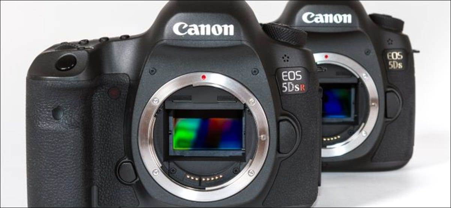 Câmeras fotográficas Canon EOS 5DSR e 5DS full frame.