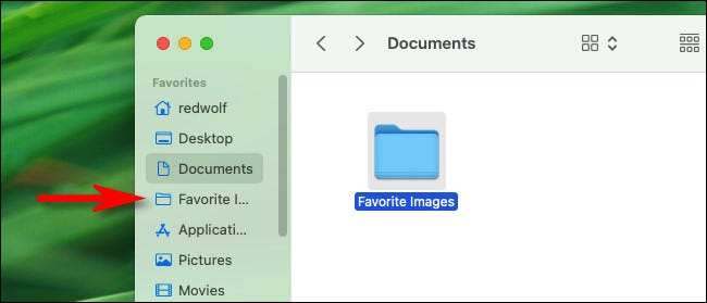 """The folder has been added to the """"Favorites"""" sidebar in Finder."""