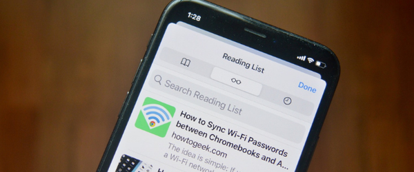 iPhone-User-Saving-Articles-For-Later-Us