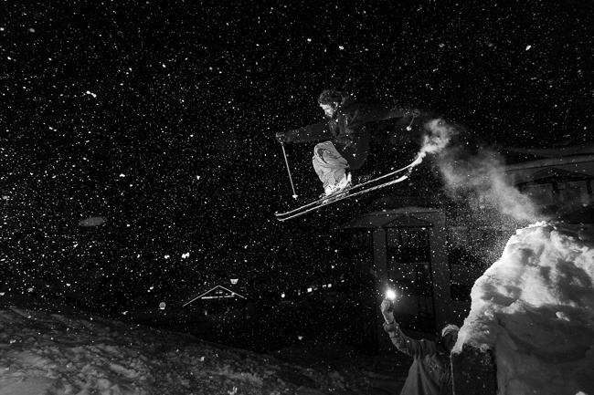 photo showing skier at night