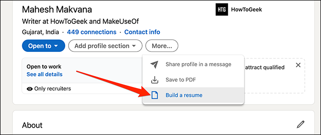 """Выбирать """"Составьте резюме"""" на странице профиля LinkedIn."""