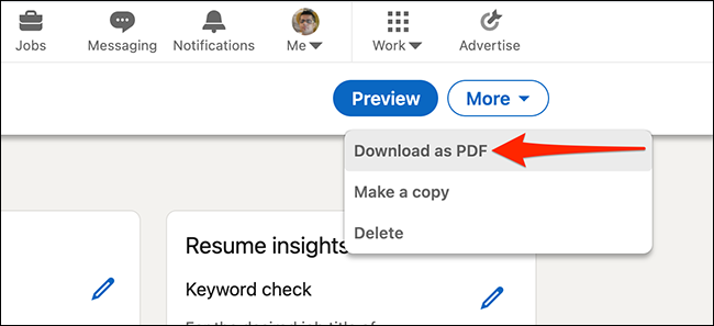 """Выбирать """"Скачать как PDF"""" чтобы загрузить резюме, созданное с помощью инструмента создания резюме LinkedIn."""