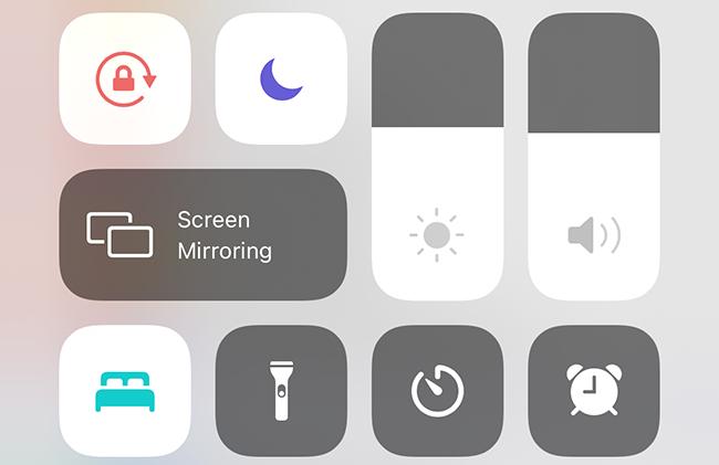 sleep mode button on an Apple Watch