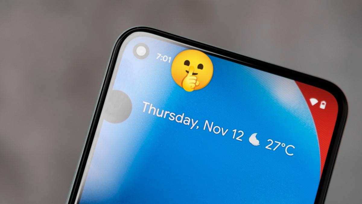 Pixel phone with hidden notifications.