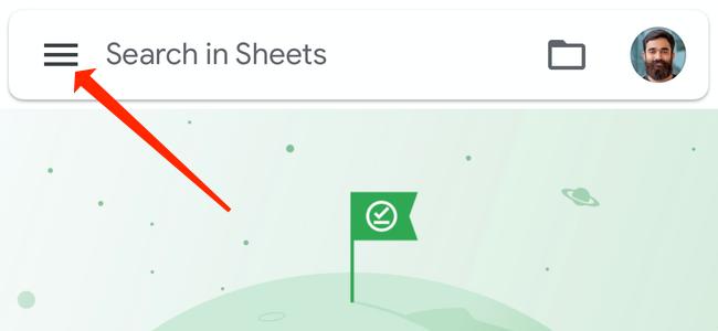 Откройте приложение Google Таблицы на Android или iPhone и коснитесь трехстрочного меню в верхнем левом углу экрана.