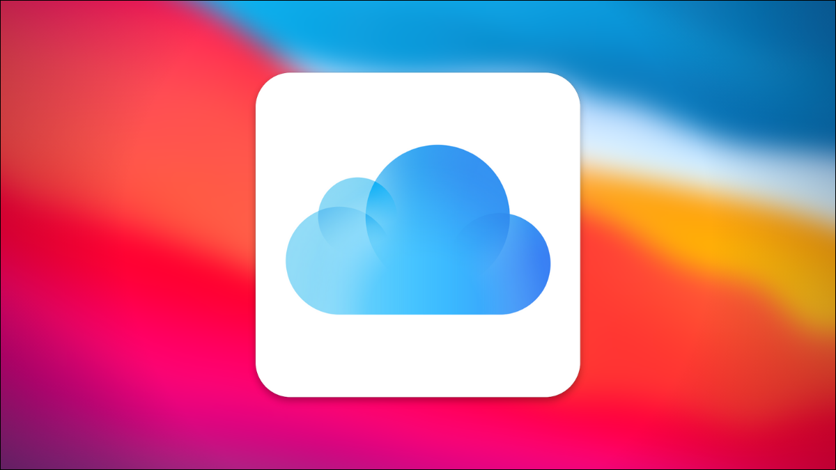 iPhone user disabling the iCloud Photos feature.