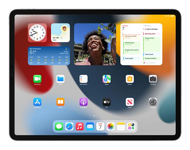 iPad home screen widgets on iPadOS 15.