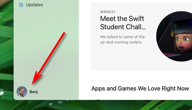 Щелкните свой Apple ID в углу приложения Mac App Store.