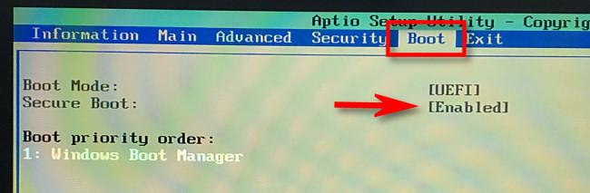 """В вашем UEFI """"Ботинок"""" меню, ищи """"Безопасная загрузка"""" а также """"Включено."""""""