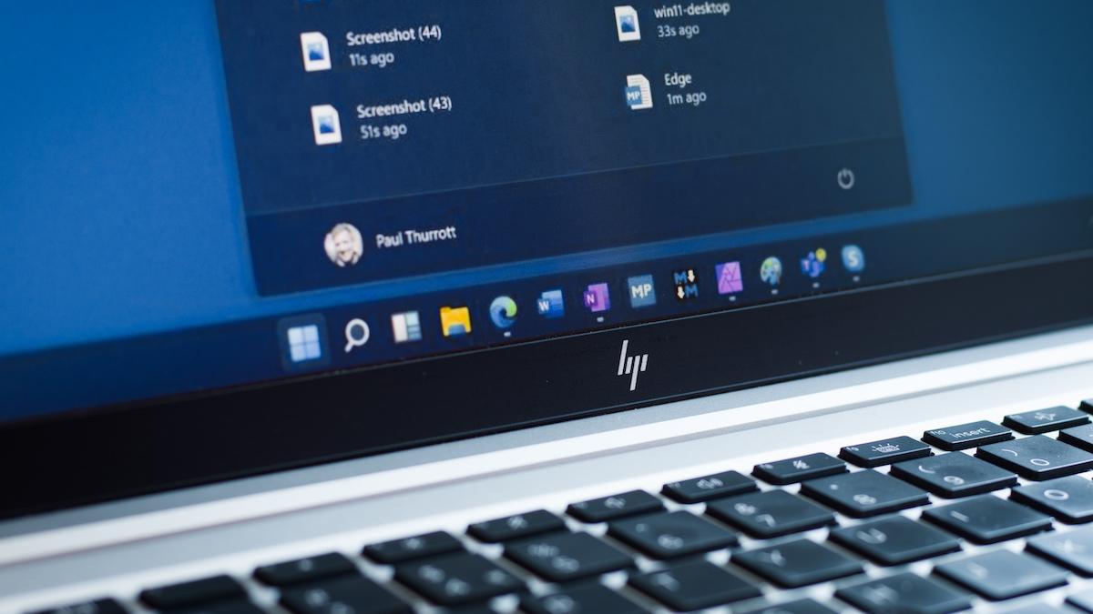 Windows 11 centered taskbar on a laptop