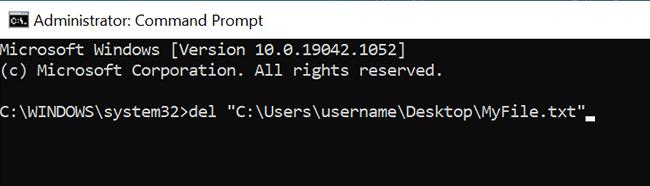 """Use o comando """"del"""" para excluir um arquivo do prompt de comando."""