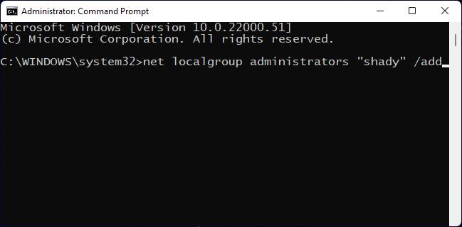 Digitare Command nel prompt dei comandi per modificare l'account utente in amministratore su Windows.