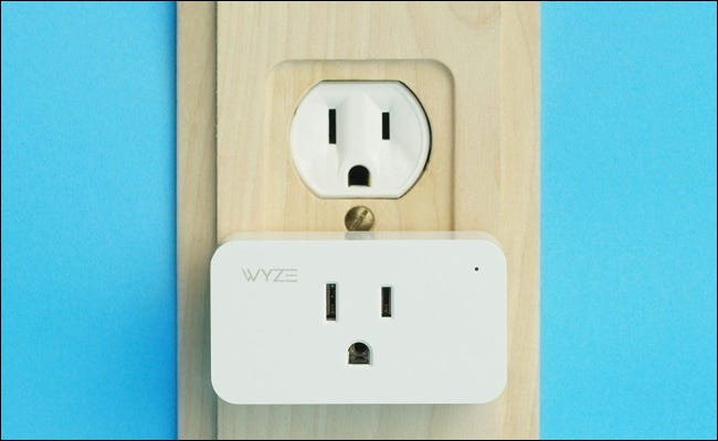 Wyze plug in wood outlet