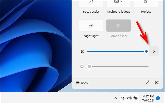 Click the arrow beside the volume slider in Windows 11 Quick Setup.