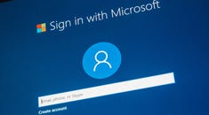PSA: Linux Doesn't Force You to Log in to a Microsoft Account