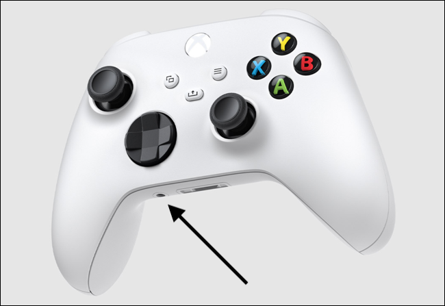 Location of the audio jack on a Xbox Series X|S Controller