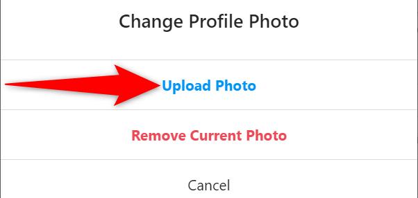 """Instagram sitesindeki """"Profil Fotoğrafını Değiştir"""" isteminde """"Fotoğraf Yükle""""yi seçin."""