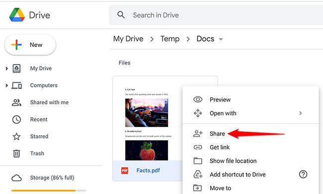 """Clique com o botão direito em um arquivo e selecione """"Compartilhar"""" no menu do Google Drive."""